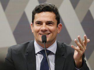 brasil: moro renuncio como juez y empieza a trabajar para bolsonaro