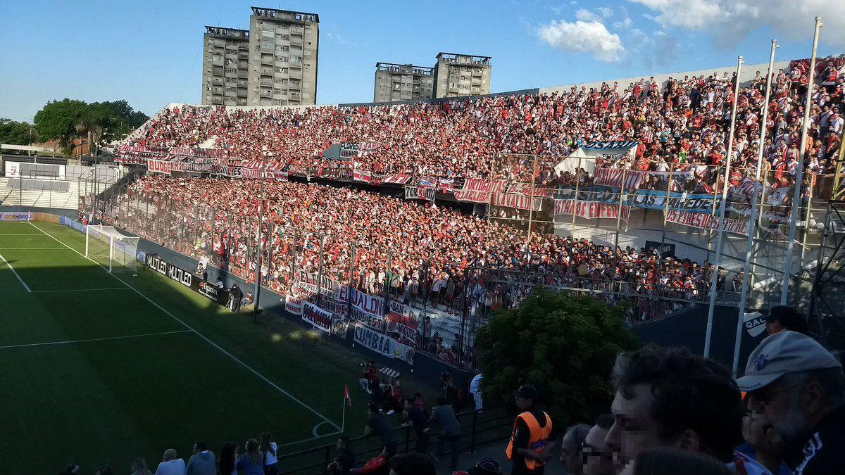 Hubo problemas a la entrada de Estudiantes - River por tickets truchos