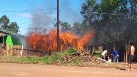 Discutió con su ex cuñado por el Boca-River y le incendió la casa