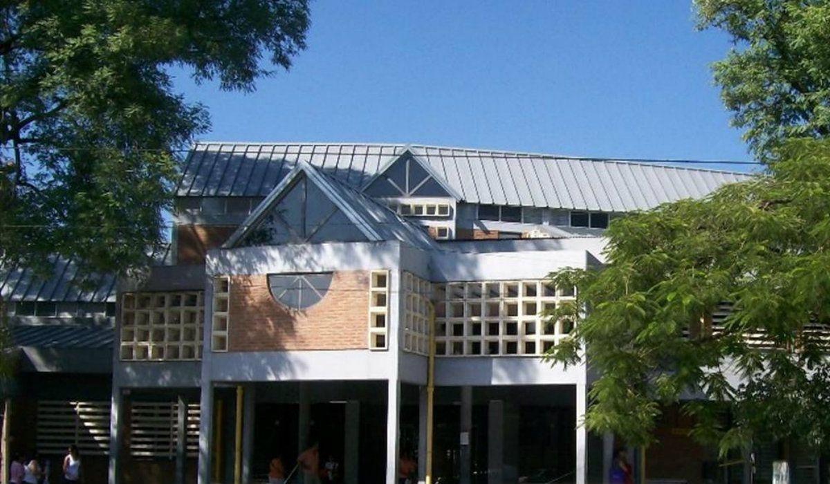 La chica de 13 años se encuentra internada en grave estado en el Hospital Perrando de Chaco