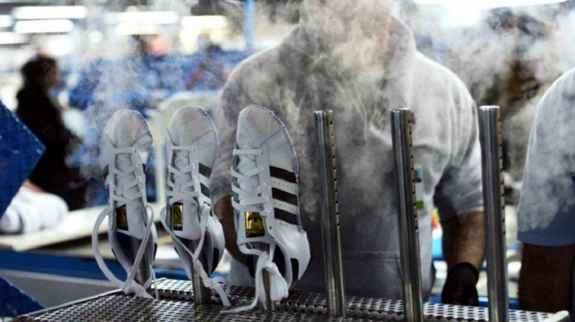 Proveedora de Adidas amenaza con cerrar planta en Chivilcoy y despedir a 650 trabajadores