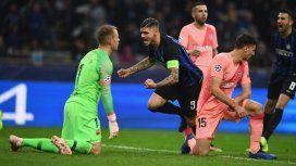 Icardi celebra el gol del empate ante un Ter Stegen de rodillas