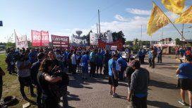 Trabajadores de la cooperativa Madygraf cortan Panamericana por los aumentos de luz
