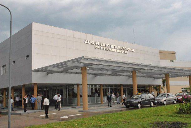 <p>El Aeropuerto Internacional Doctor Fernando Piragine Niveyro de Corrientes</p>