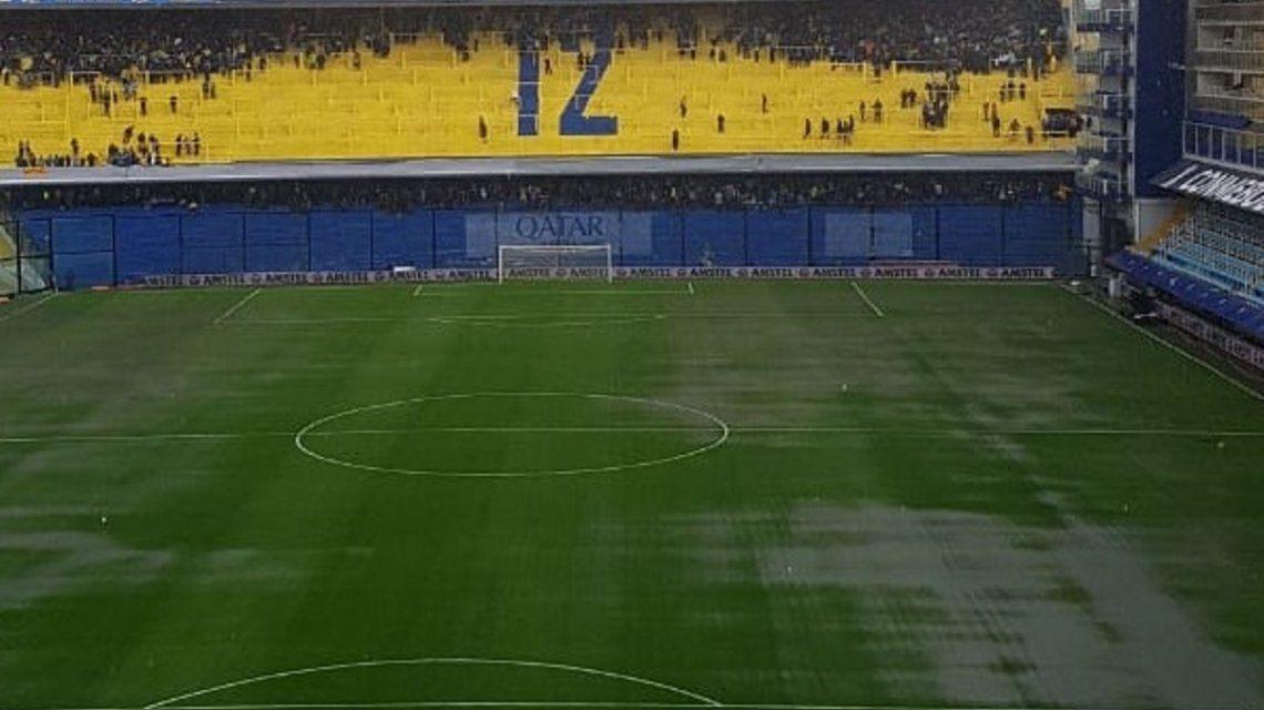 Por las lluvias, se suspendió la Superfinal entre Boca y River