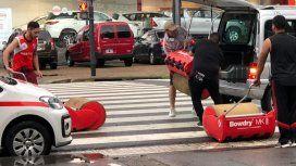 Personal de mantenimiento de River trasladó los rodillos a La Boca