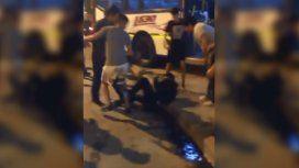 Caos en un colectivo: un ladrón hirió a un pasajero y al chofer y casi lo linchan