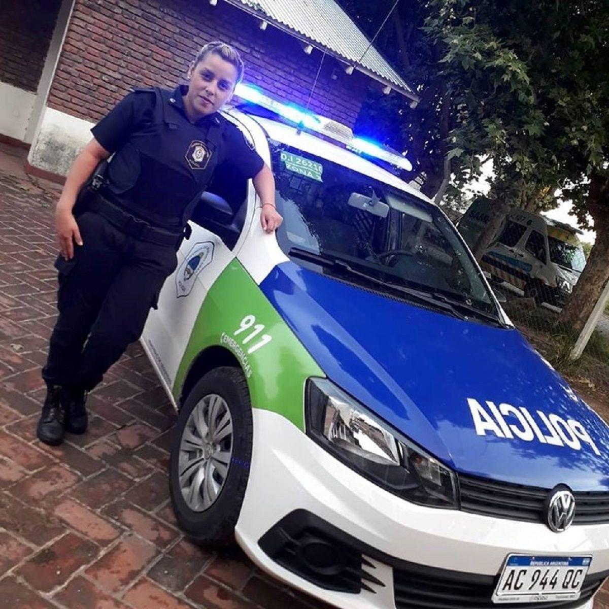 Policía bonaerense salvó a la beba de una mujer atropellada