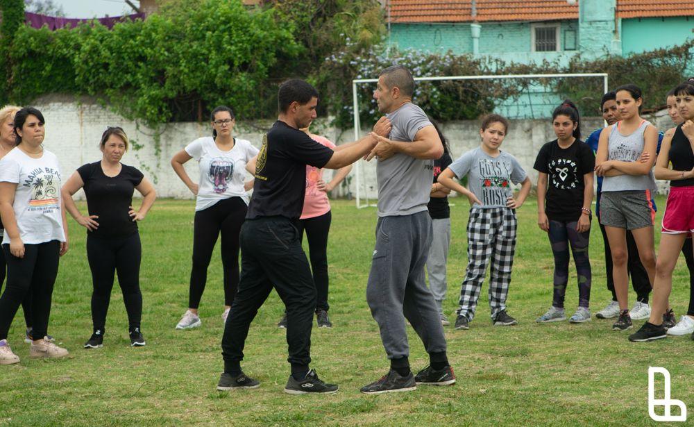 Lanús lanzó una capacitación de defensa personal para las mujeres