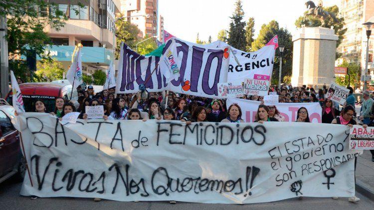 En lo que va del año hubo 216 femicidios en Argentina.