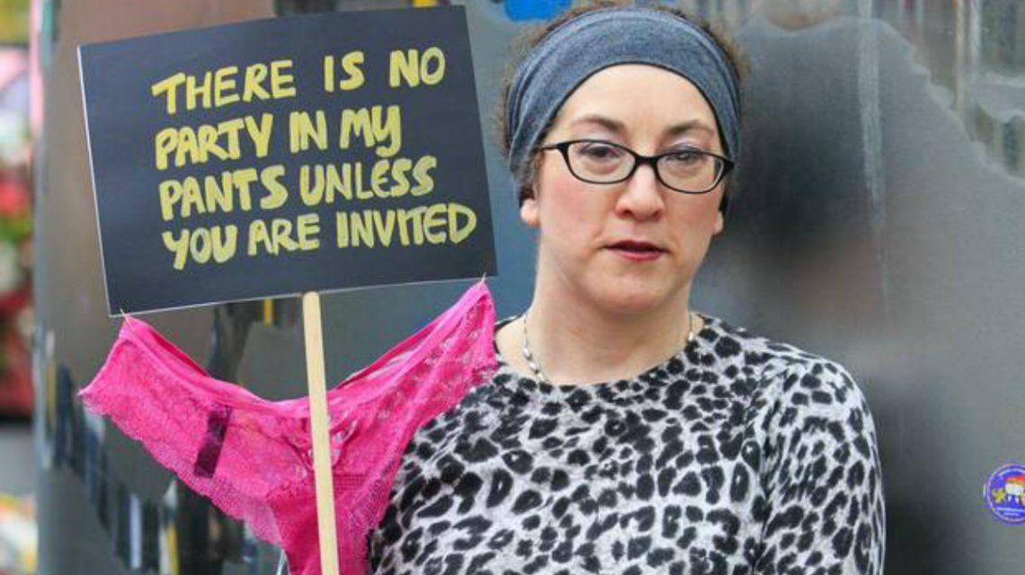 Hubo protestas públicas por el fallo sobre la tanga de encaje de la chica de 17 años