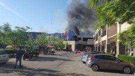 Incendio en Carrefour de Tigre - Crédito:@javmolina
