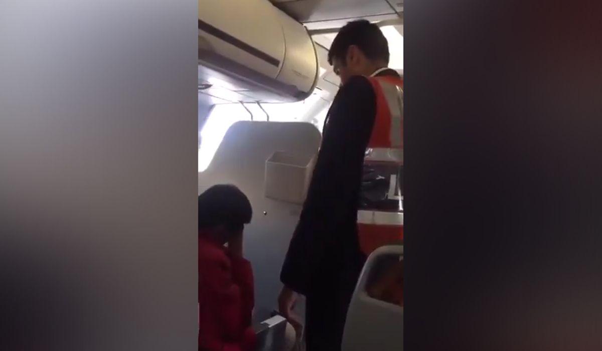 Escándalo en Perú: bajaron de un avión a un diputado por tocamientos indebidos