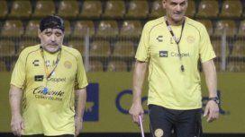Diego Maradona y Luis Islas - Crédito: @islasluisok