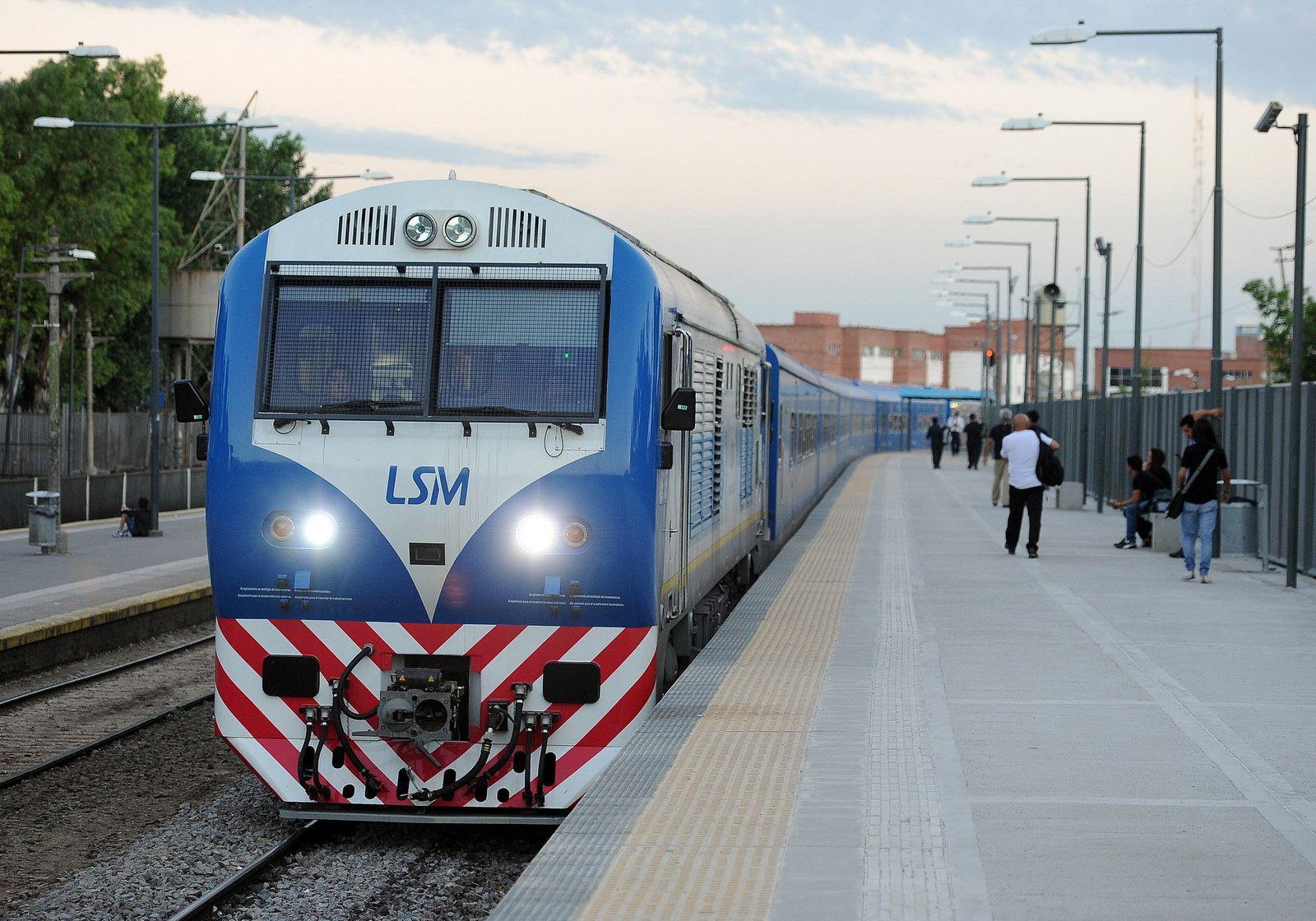 Encontraron dos granadas debajo de una formación del tren San Martín