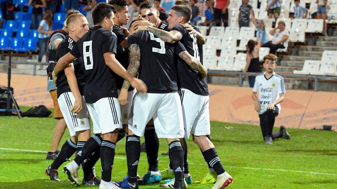 Con Icardi y Dybala, Argentina le ganó a México