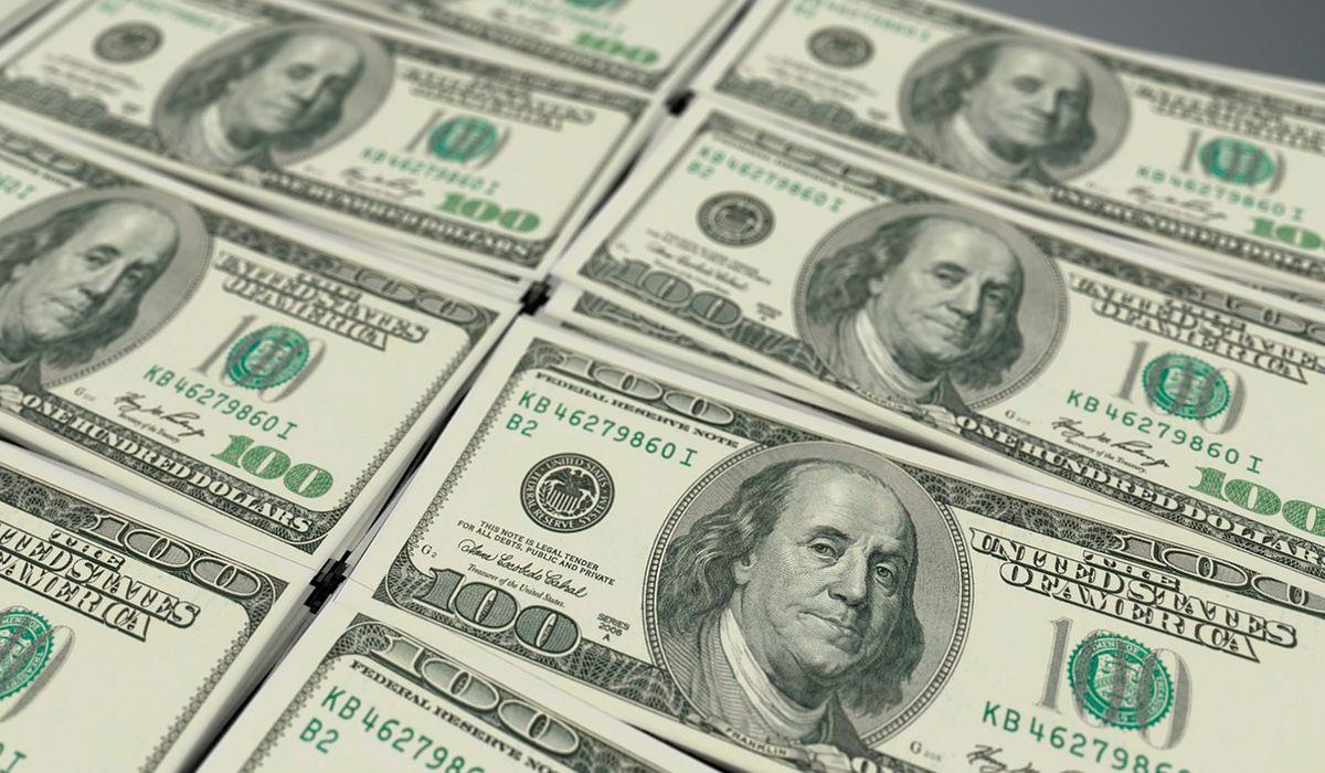 El dólar arranca diciembre en baja tras la cumbre del G20