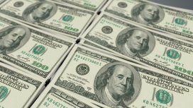 El dólar bajó y quedó a cuatro centavos del piso de la banda que impuso el FMI