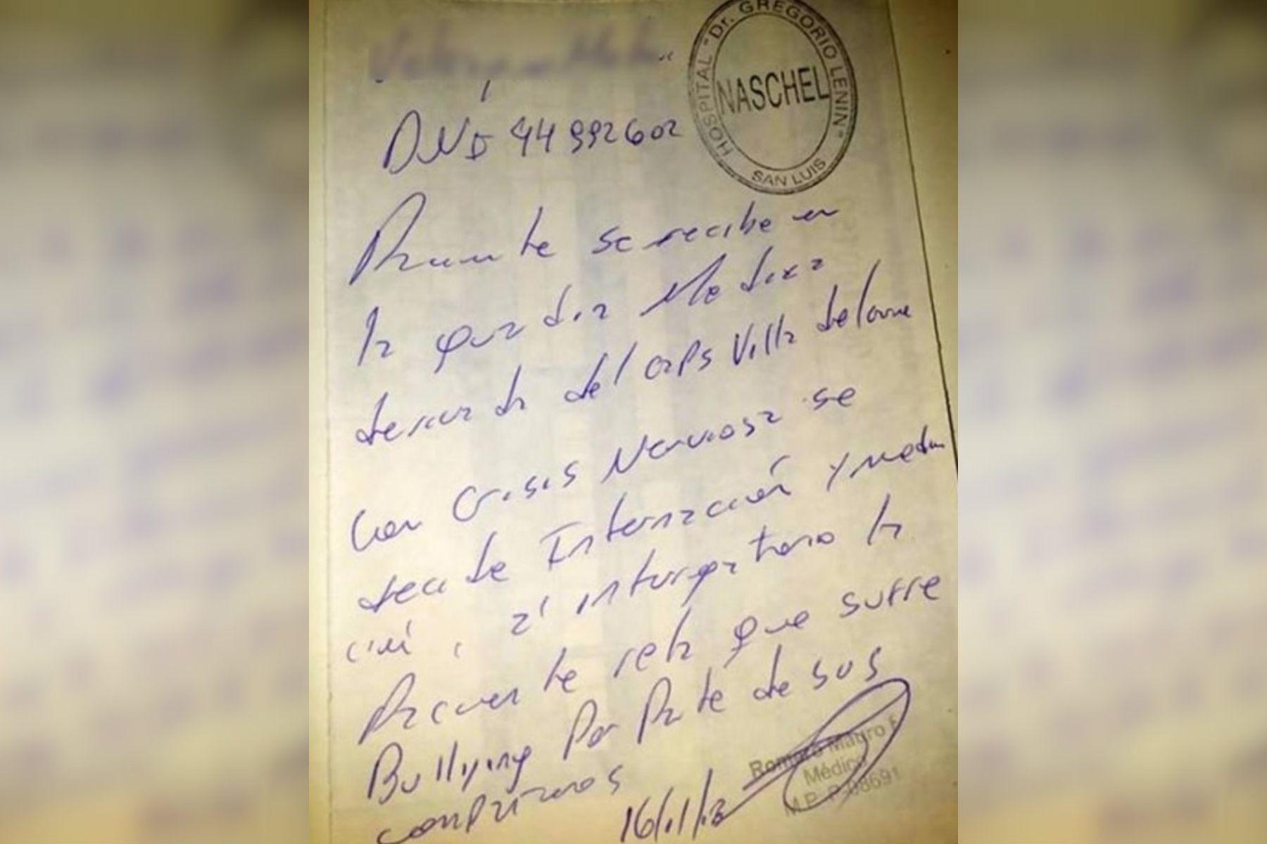 La mamá de la víctima posteó una foto de su hija en el hospital y el certificado médico.