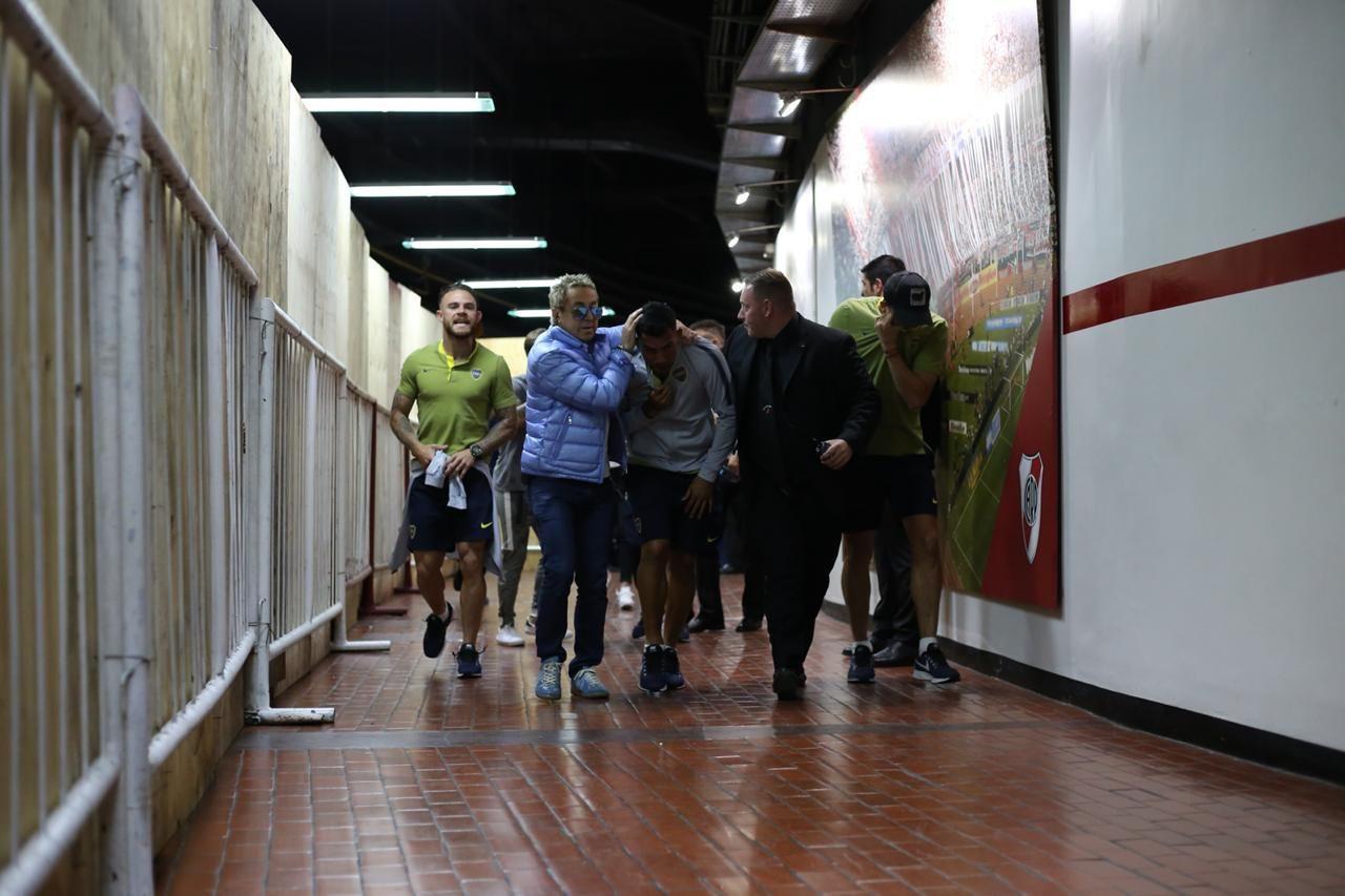 Así entraba Carlos Tevez al Monumental
