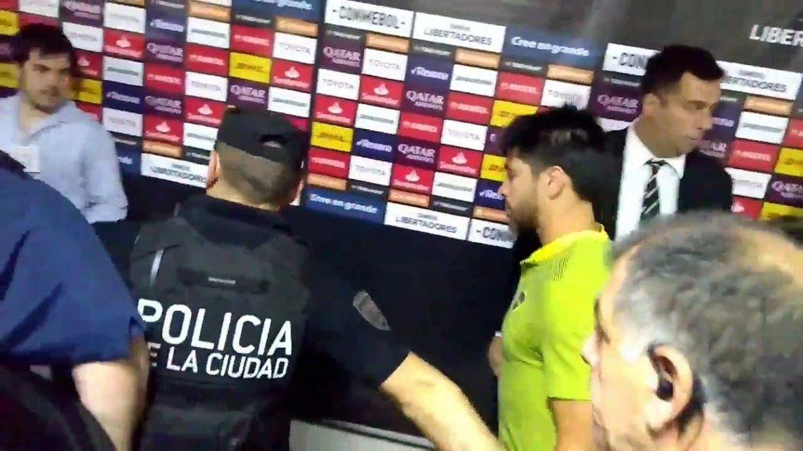 Pablo Pérez fue trasladado a una clínica cercana