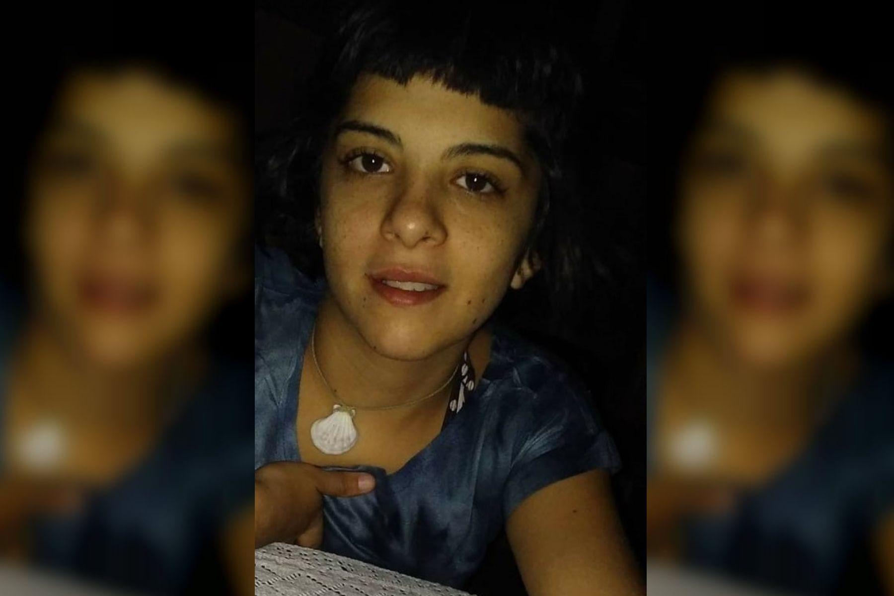 Viajó con su novio a Brasil y la prendió fuego mientras dormía: está grave