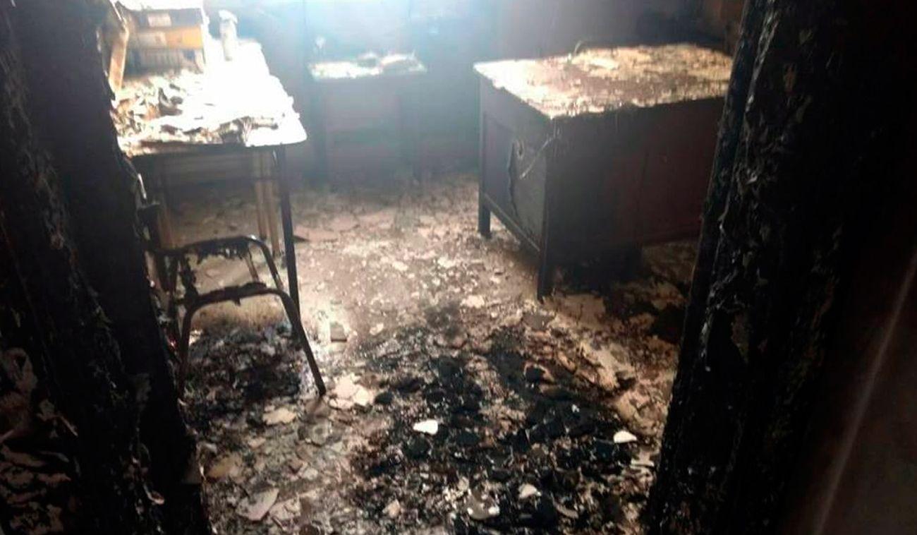 José Mármol: investigan una explosión e incendio en una escuela