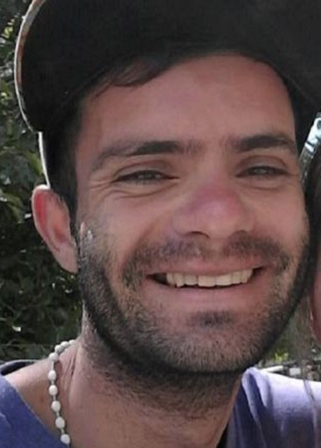 Juan Pablo Peña desapareció desde hace 20 días.