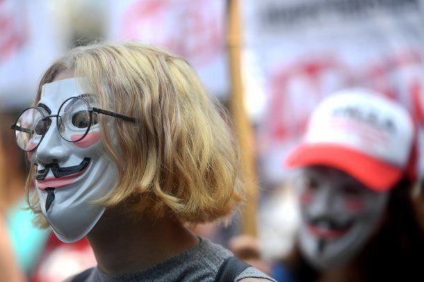 "Máscaras de ""V de Vendetta"" <br>"