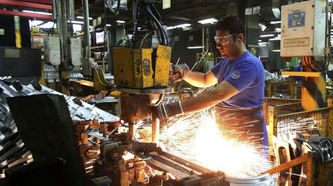 La industria anotó su sexta caída al hilo: retrocedió 6,8% en octubre