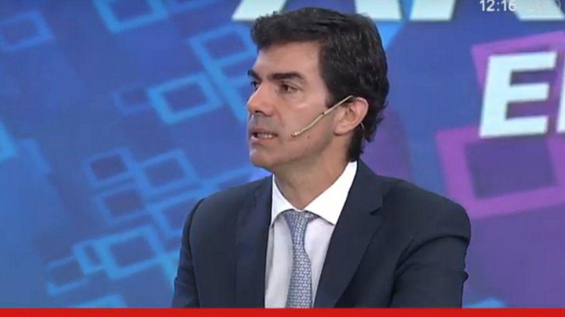 Juan Manuel Urtubey: Las fuerzas de seguridad enfrentan a los delincuentes con un silbato