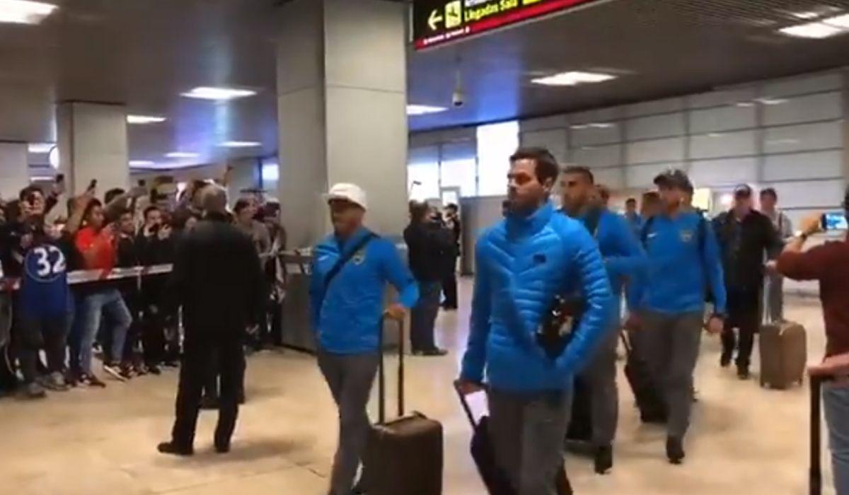 ¡Llegó Boca! Así fue el arribo del Xeneize a Madrid para jugar la Superfinal