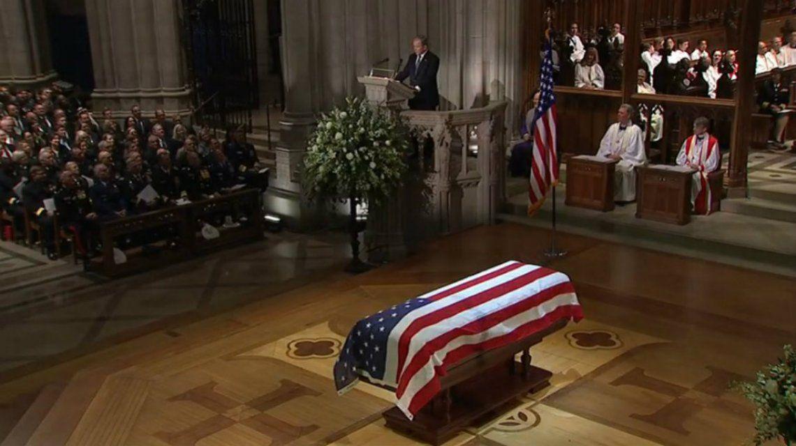 Cinco presidentes de Estados Unidos despidieron a George Bush padre