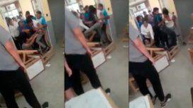 Formosa: un alumno atacó a patadas a un docente que lo desaprobó