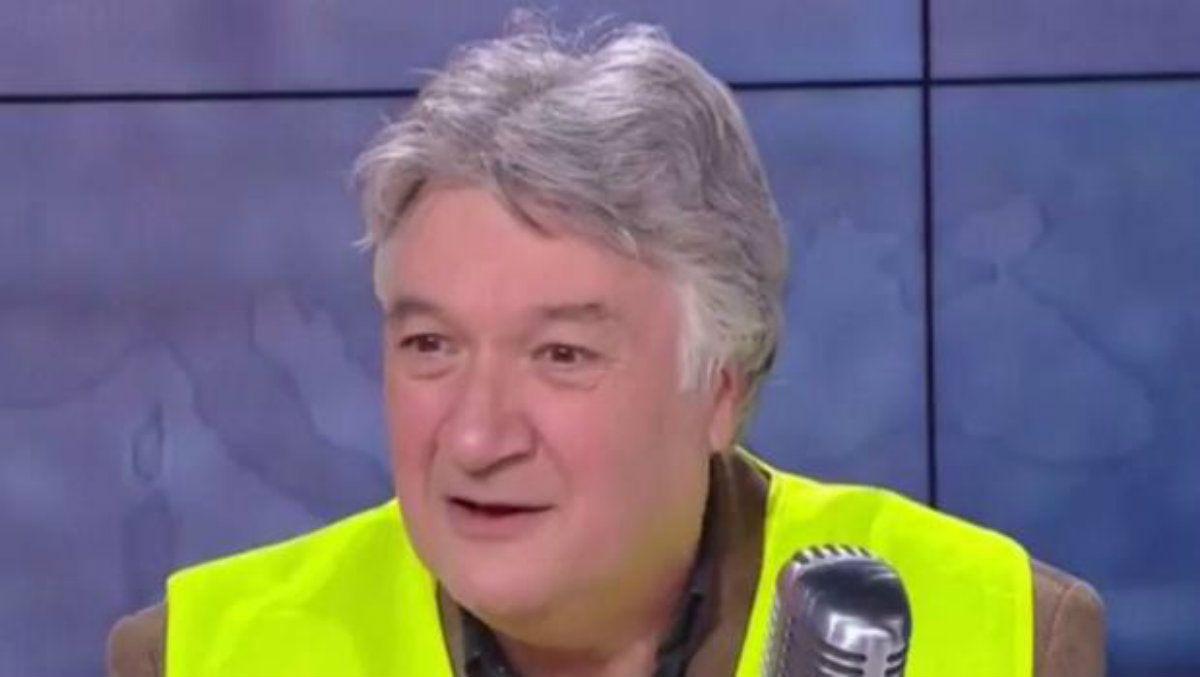 Un líder de los chalecos amarillos cobra como funcionario del Estado sin trabajar