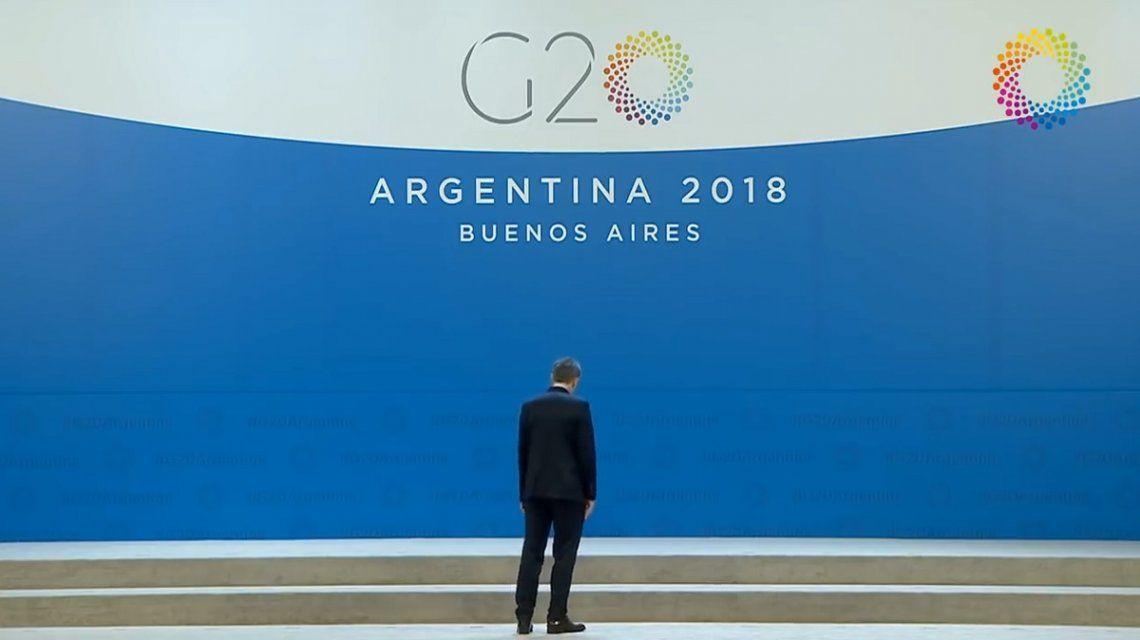 La luna de miel por el G20 duró poco, el dólar volvió a subir y se disparó el Riesgo País