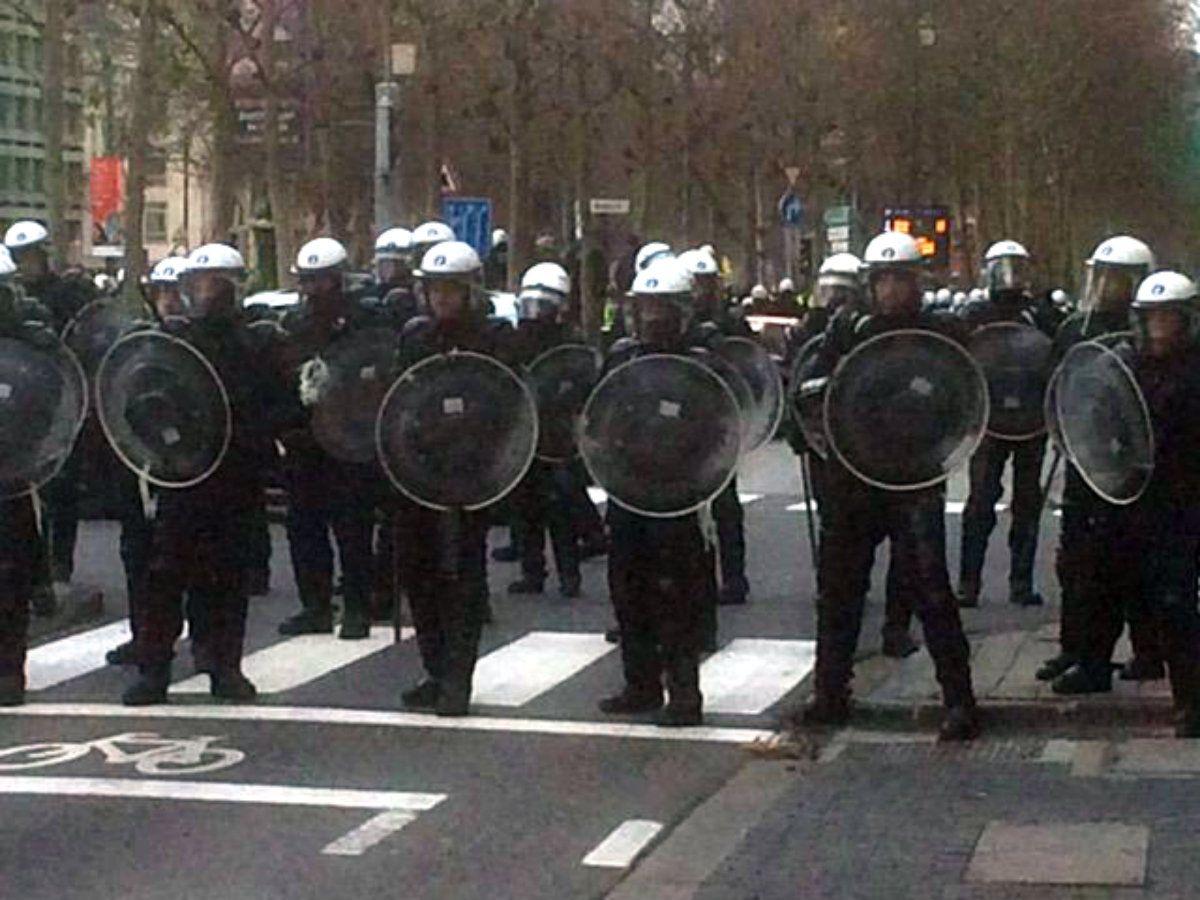 La protesta de chalecos amarillos se expande por Europa: hay focos en Bélgica y Holanda