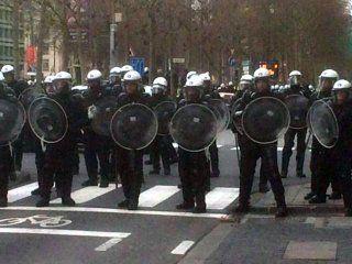 la protesta de chalecos amarillos se expande por europa: hay focos en belgica y holanda