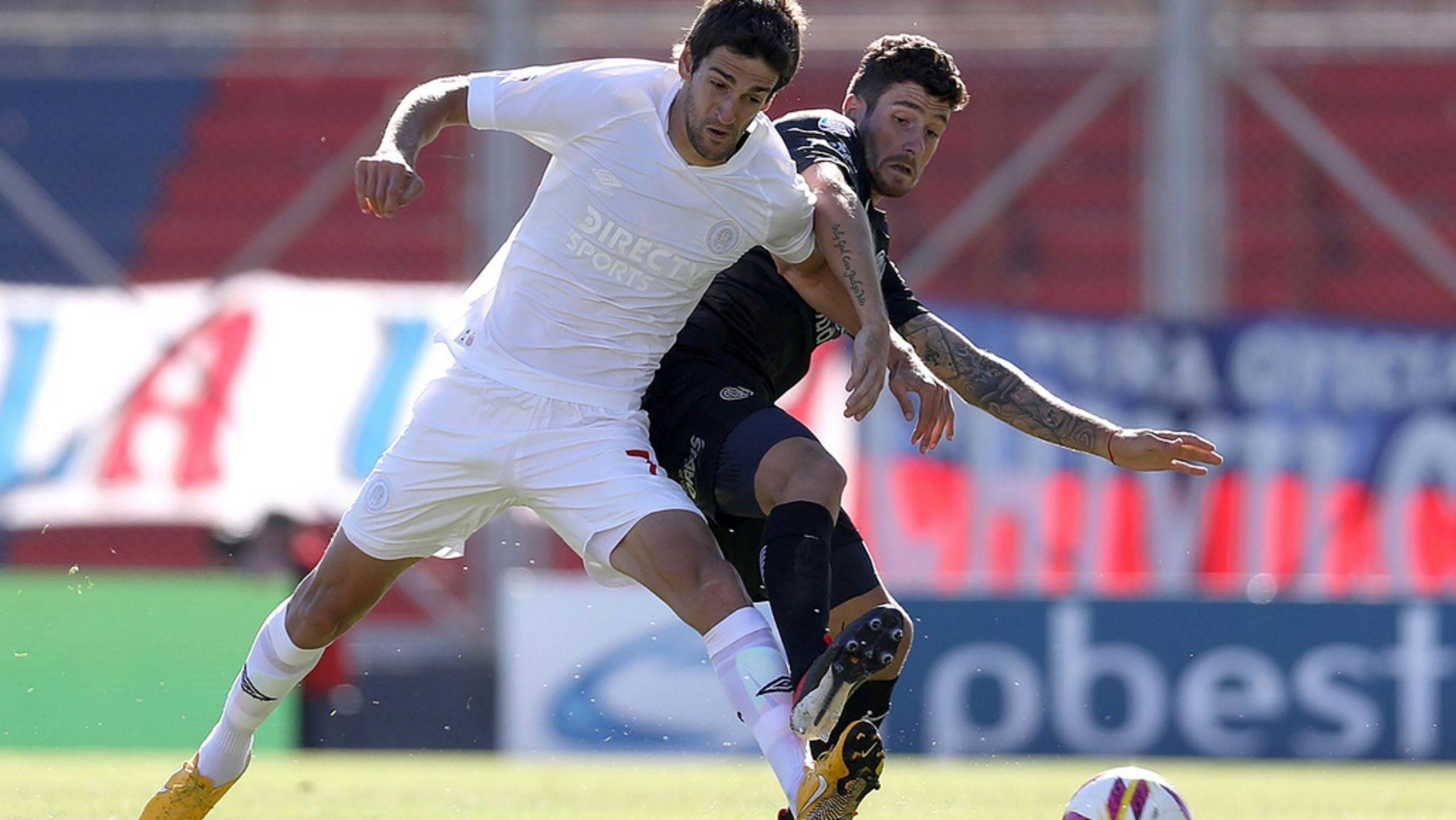 En un partido lleno de penales, San Lorenzo y Estudiantes empataron en el Bajo Flores