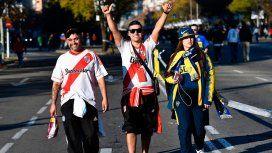 Abrieron las puertas del Santiago Bernabéu: así entran los hinchas de River y Boca