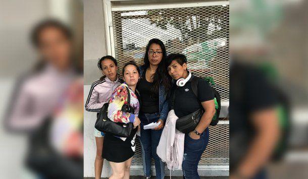 <p>Silvana junto a su hermana Mariela y dos amigas</p>