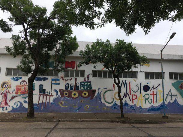La única escuela privada de San Jorge con subvención estatal, y adonde concurría uno de los adolescentes que se suicidó.