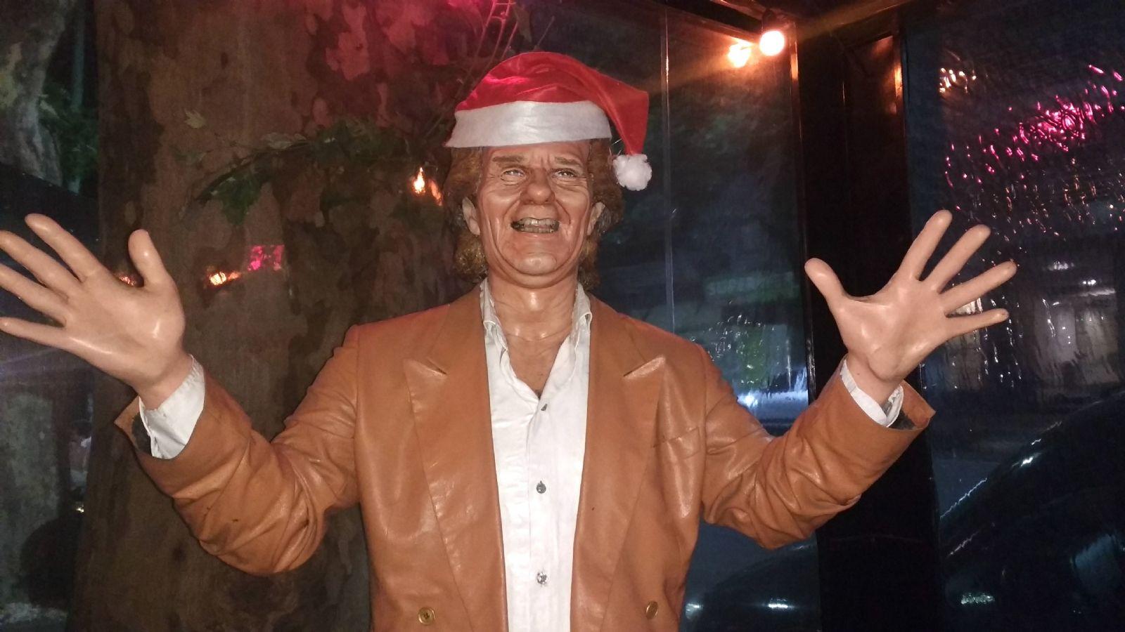 Estatua del Bambino Veira en Pizza Lo+Hot