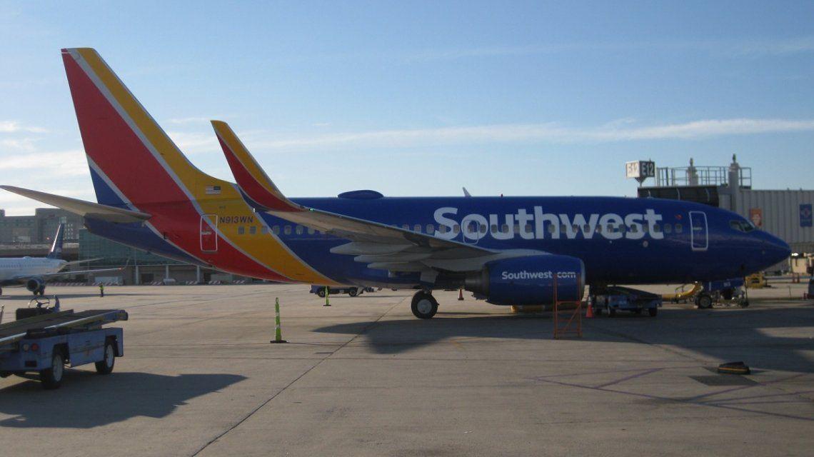 Un avión tuvo que dar la vuelta porque se olvidaron de bajar un corazón para un trasplante