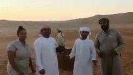La locura del Pity Martínez llega a todos lados: ¡insólito video en Emiratos Árabes!