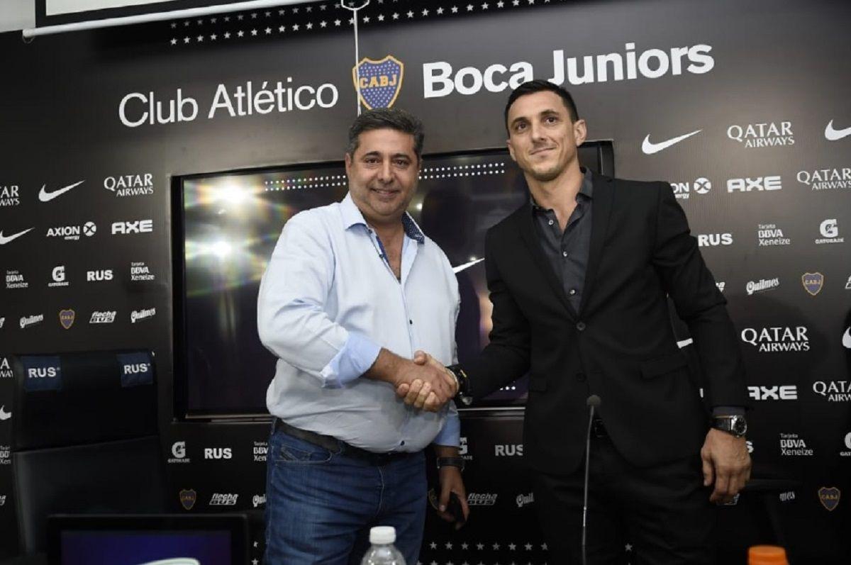 Burdisso asumió como director deportivo de Boca - Crédito: @BocaJrsOficial