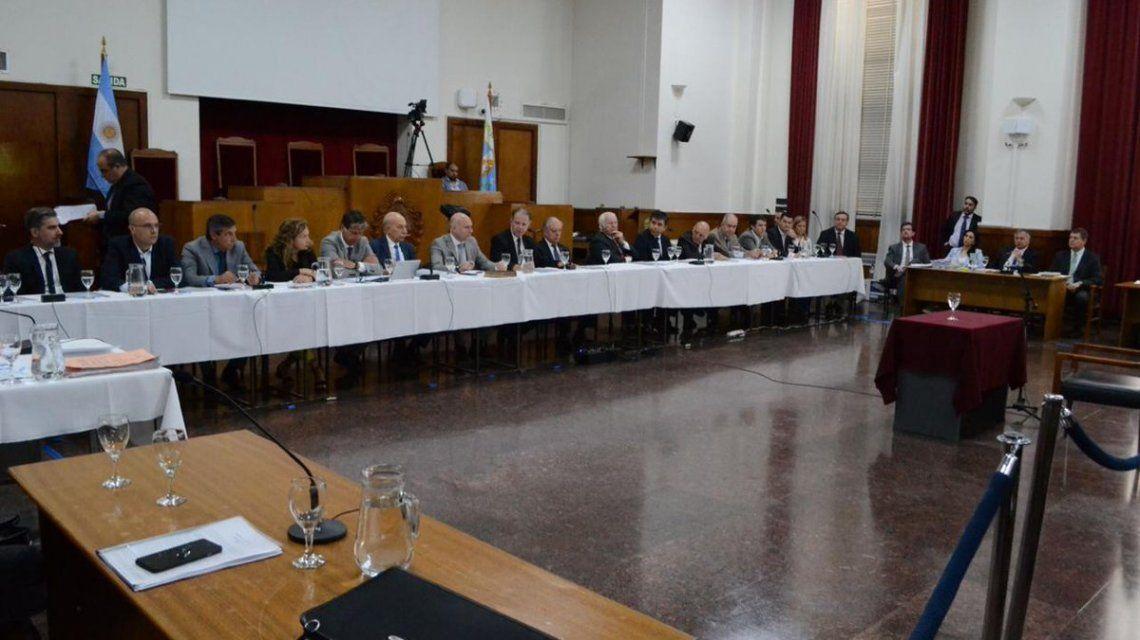El jury integrado por magistrados y legisladores falló en forma unánime por la destitución del juez.