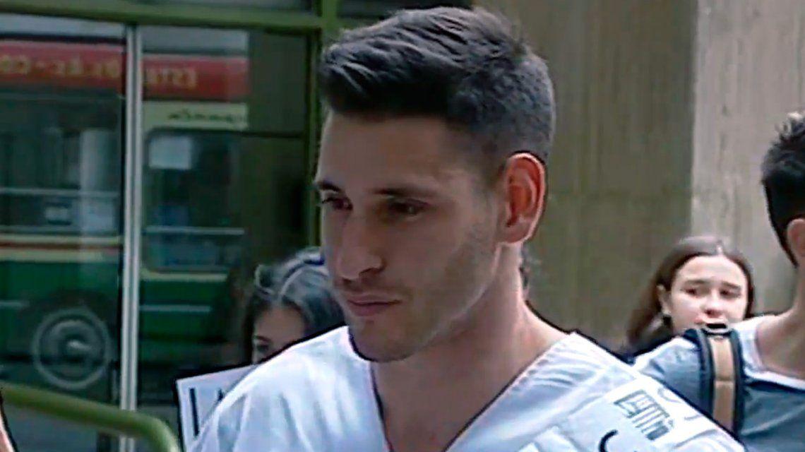 Se recibió Santiago Bustince, el joven abusado por su papá médico: Cuando lo cruzo me sonríe y me saluda