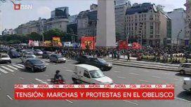 Corte en la avenida 9 de Julio a la altura del Obelisco por una protesta social