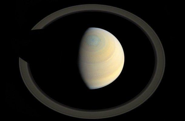 Así quedaría Saturno sin la mayor parte de sus anillos<br>
